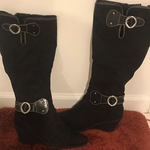 Aerosoles black suede wedge heel boots